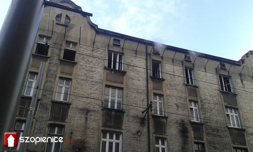 Pożar kamienicy przy ul. Obrońców Westerplatte [ZDJĘCIA]